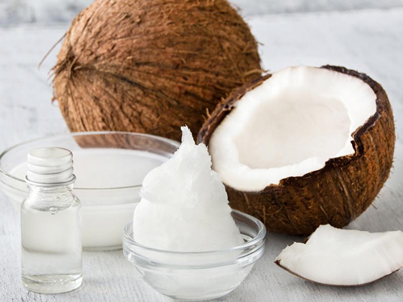 26-1-kokosoel-lippenpflege