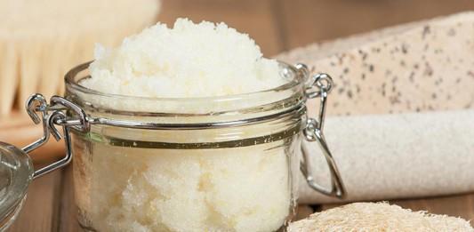 31-kokosoel-als-badezusatz